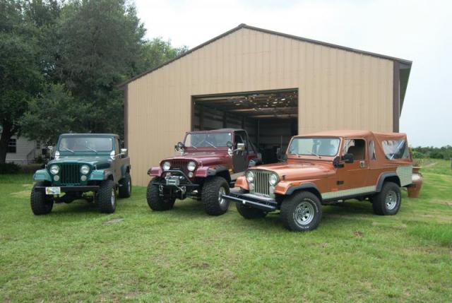 Jeeps at the Barn 2.JPG